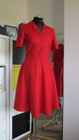397cbc445f03 Dámské červené bavlněné šaty vel. 38 40